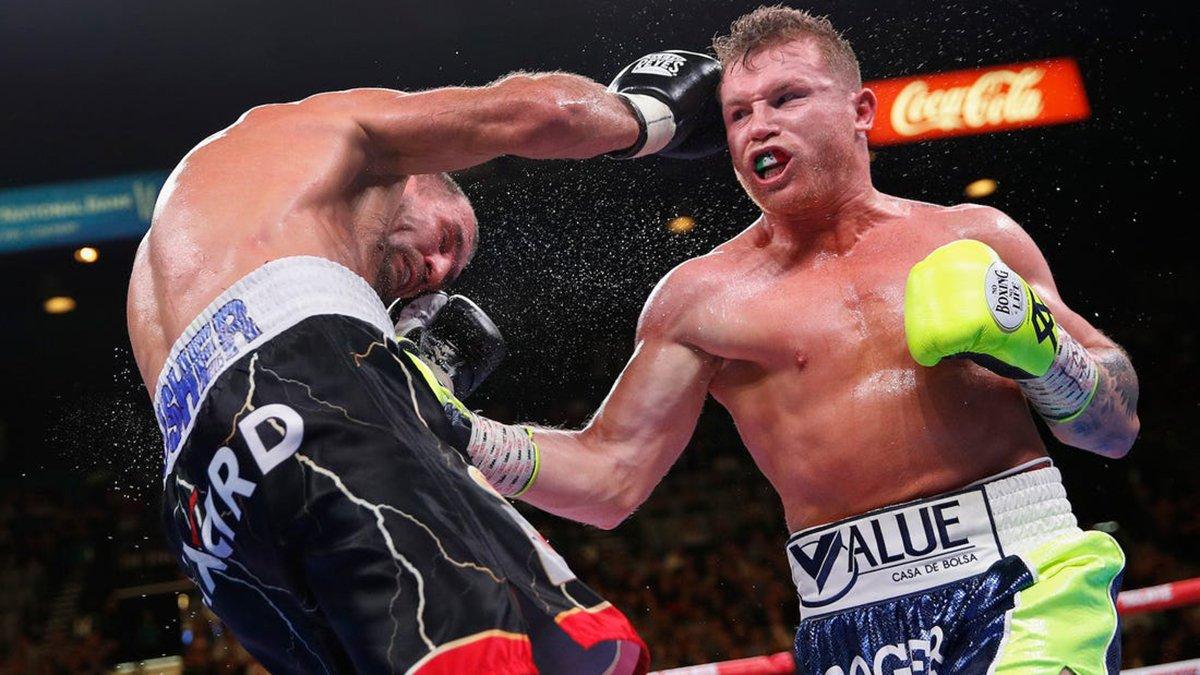 Альварес получил в соперники непобедимого чемпиона