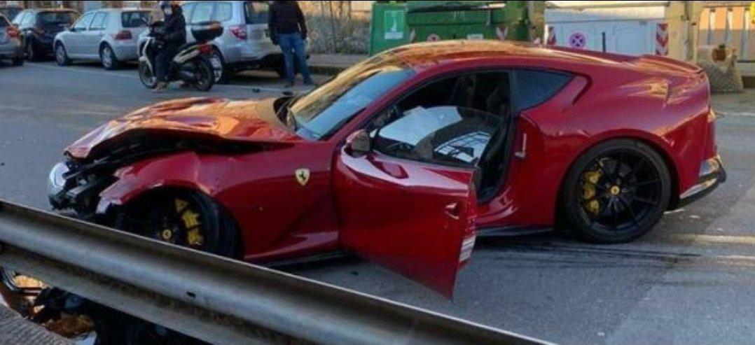 Работник автомойки разбил Ferrari вратаря «Дженоа»