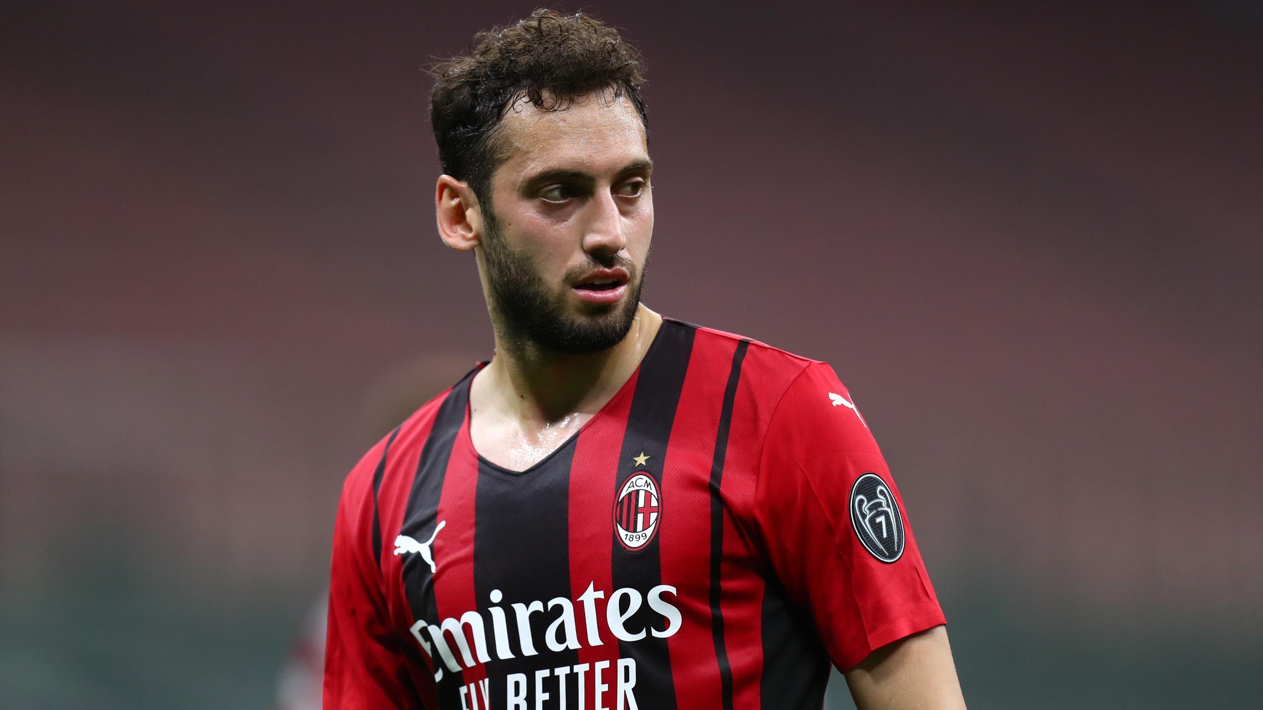 Турецкий полузащитник Чалханоглу подпишет контракт с «Интером»