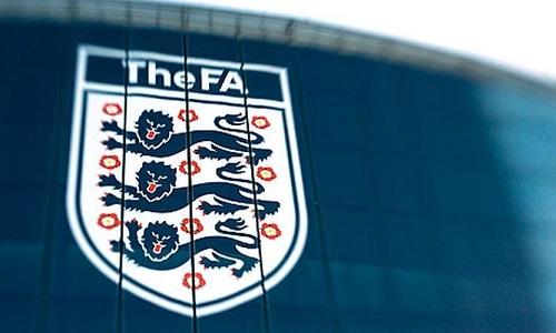 УЕФА открыла дело против английской Футбольной Ассоциации из-за поведения фанов