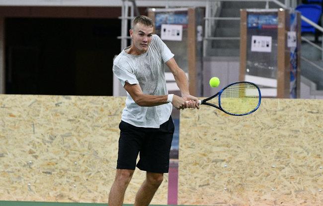 Украинец впервые вышел в основную сетку турнира АТР и сыграет с Тимом
