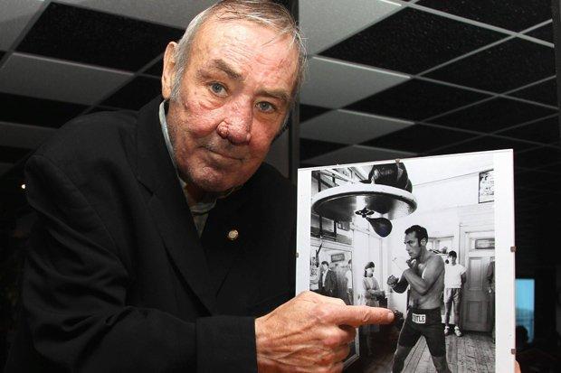 Умер бывший чемпион мира по боксу