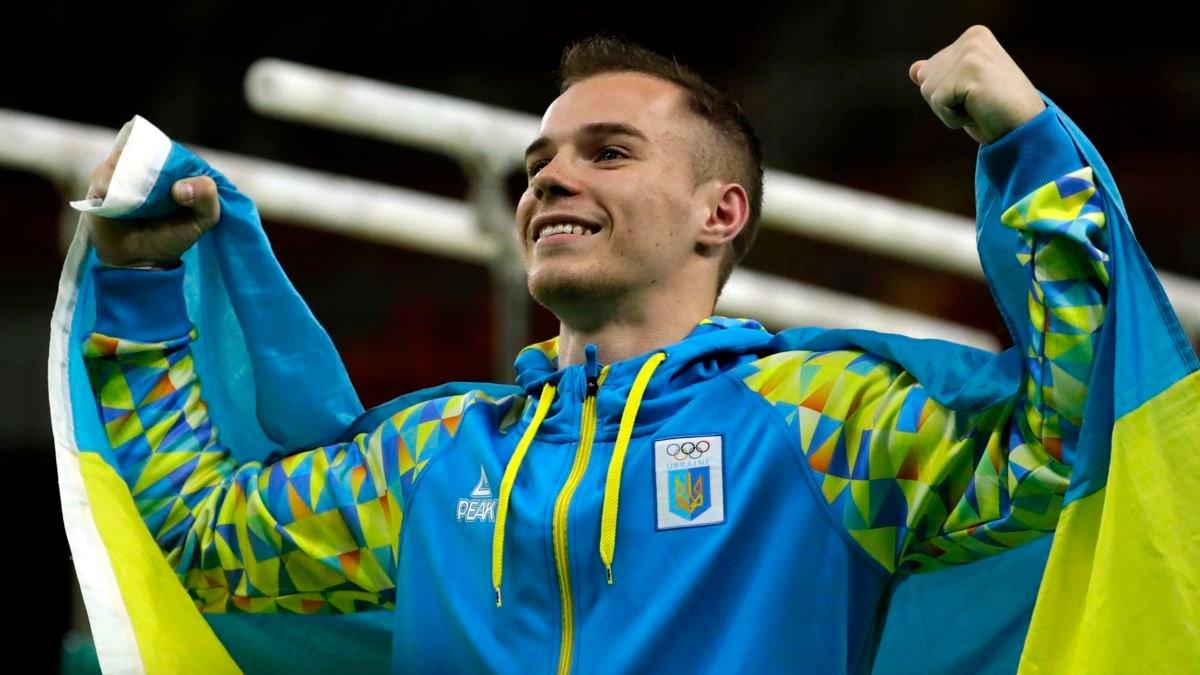 Знаменитого украинского гимнаста отстранили от соревнований